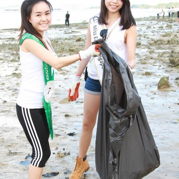 MES2015_CoastalCleanup_1000px_003