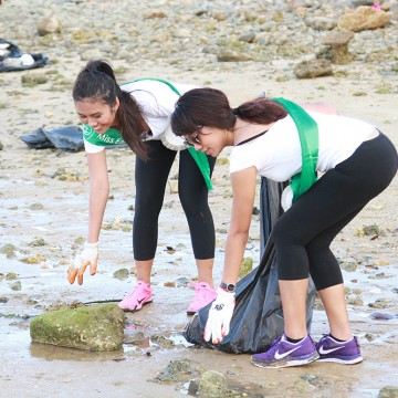 MES2015_CoastalCleanup_1000px_006