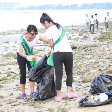 MES2015_CoastalCleanup_1000px_007