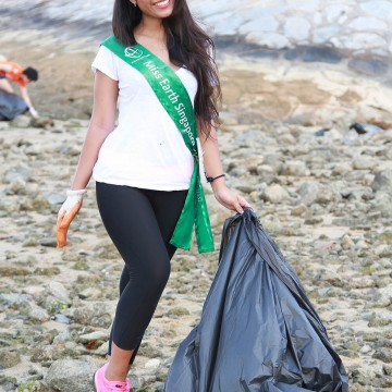 MES2015_CoastalCleanup_1000px_013