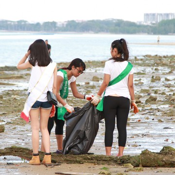 MES2015_CoastalCleanup_1000px_027