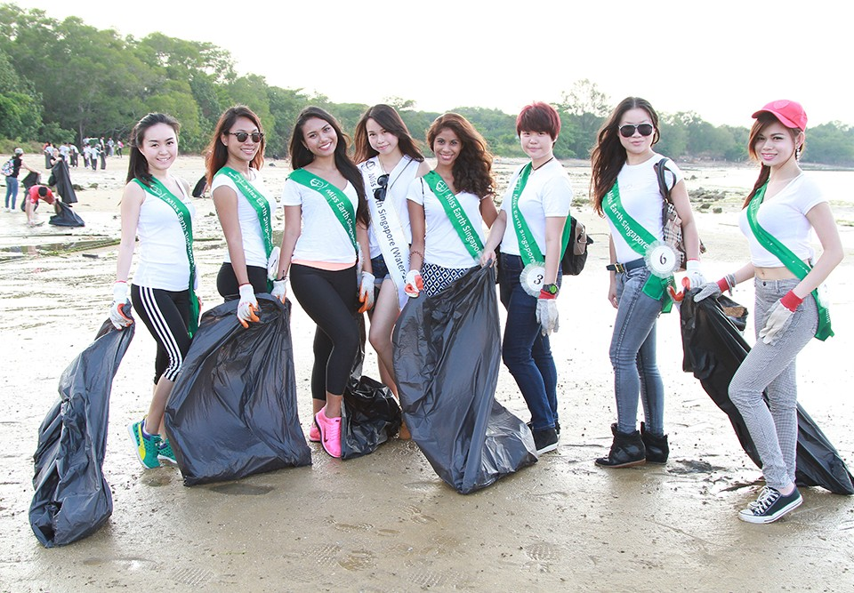 MES2015_CoastalCleanup_1000px_023